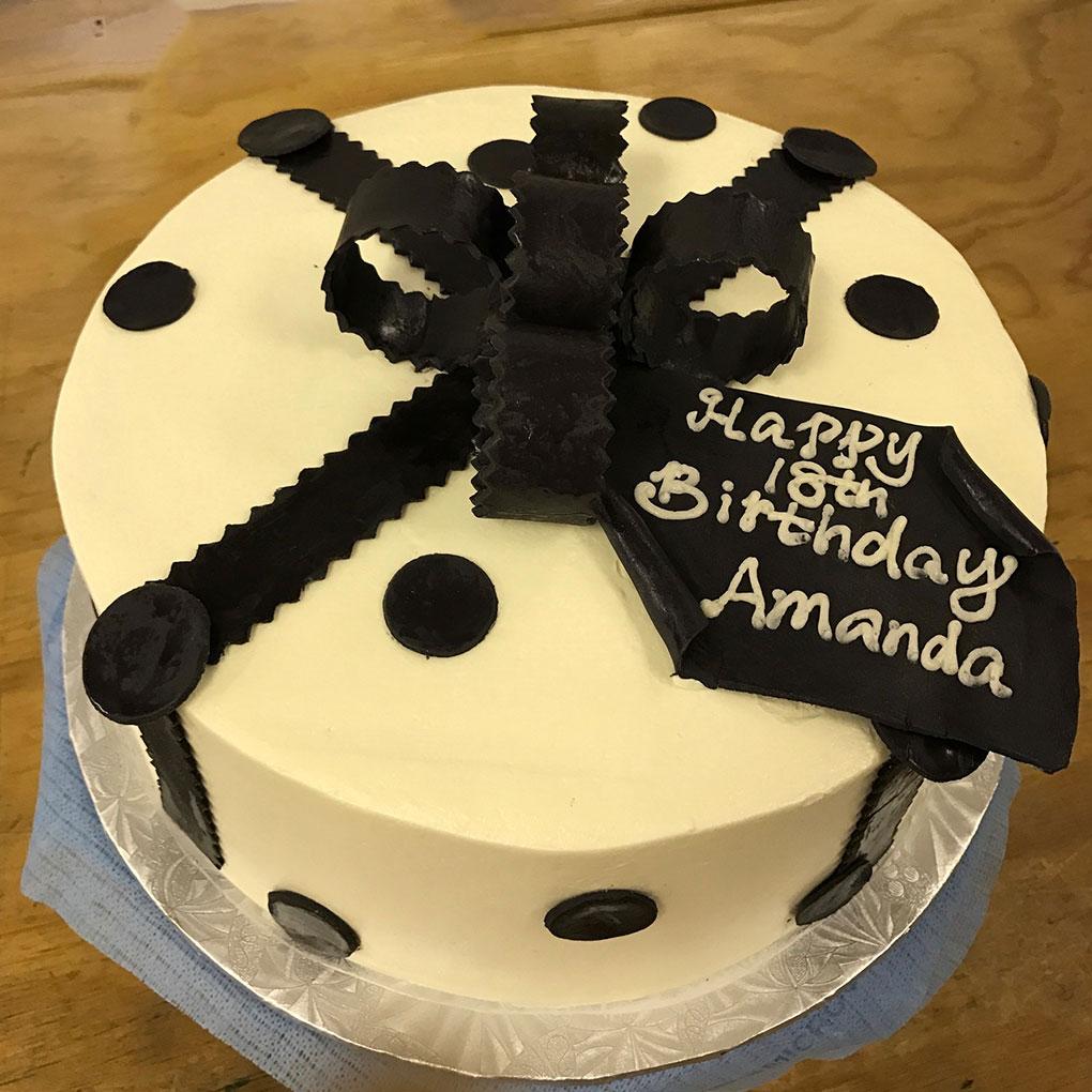phipps-desserts-specialty-birthday-amanda