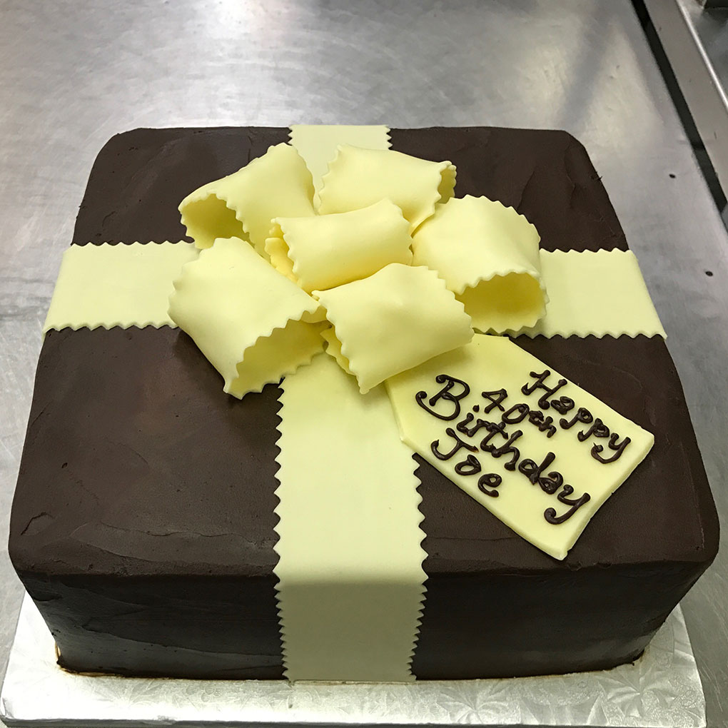 phipps-desserts-specialty-birthday-joe